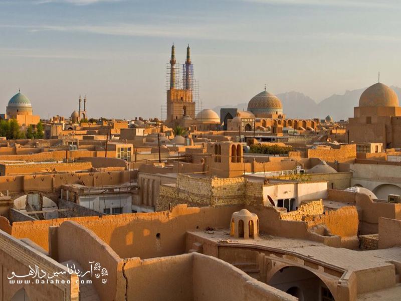 در سال 2017 «شهر تاریخی یزد» به عنوان یکی از نخستین شهرهای خشتی دنیا به ثبت رسید.