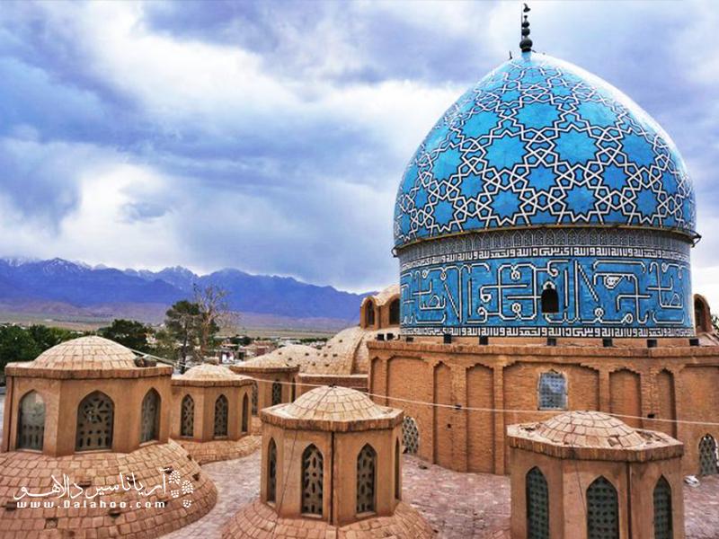 آرامگاه شاه نعمتالله ولی  یکی از شاهکارهای معماری دوران تیموری و دیگر دورانهای تاریخی ایران به شمار میرود.