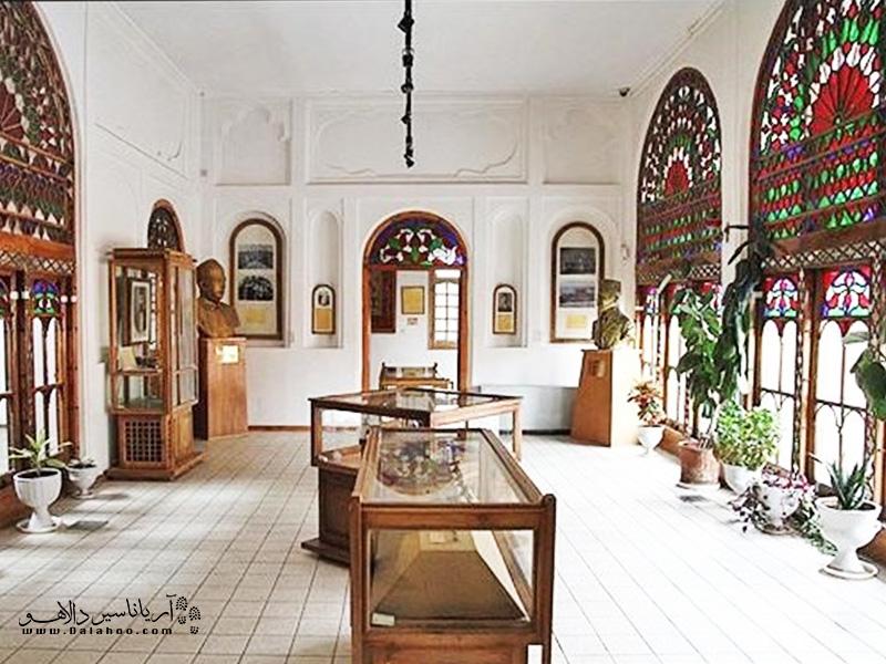 در موزه خانه مشروطه تبریز شما میتوانید مدارک مشروطه و... را ببینید.