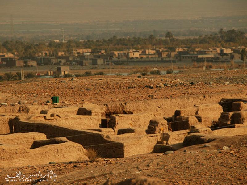 قسمتی از شهر دقیانوس یا همان جیرفت قدیم.