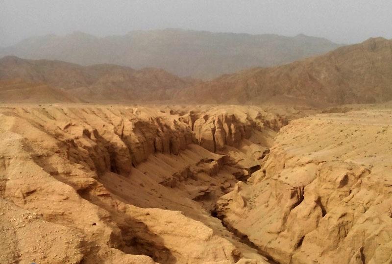 یک دره خاموش، خنک و آبدار در دل پهنهای داغ و تبدار.