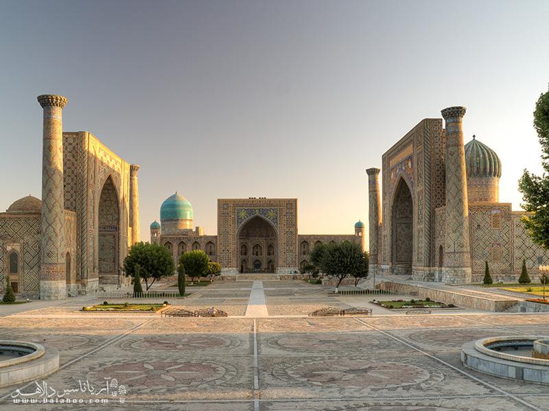 میدان ریگستان