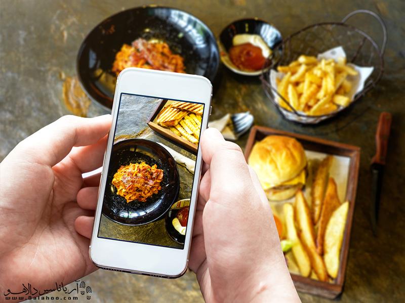 با استفاده از اپلیکیشنها، رستوران مناسبی برای غذاخوردن در سفر پیدا کنید.