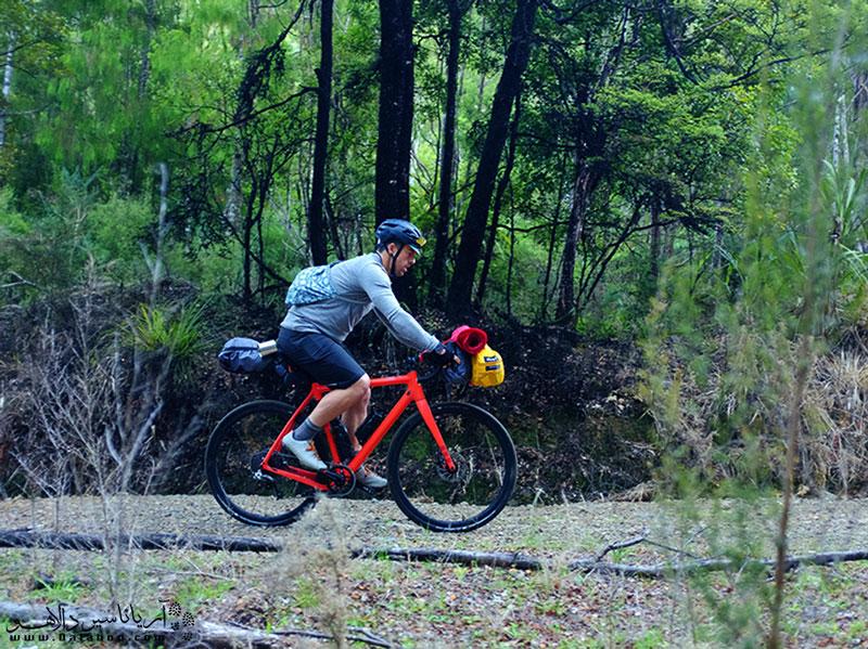 در چکلیست سفر با دوچرخه وسایل سنگین و اضافی جایی ندارند.