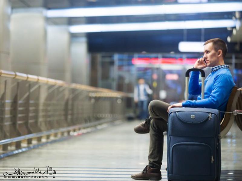 پیش از سفر برای سیم کارت و تلفن همراه خود در سفر برنامهریزی کنید.