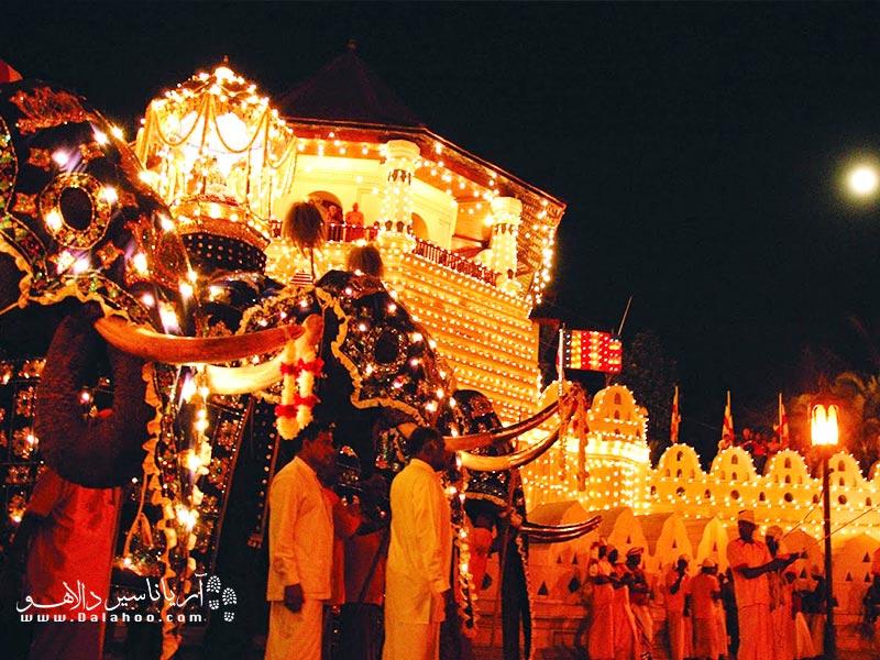 فستیوال دوروتو پُیا در نپال بسیار شورانگیز است.