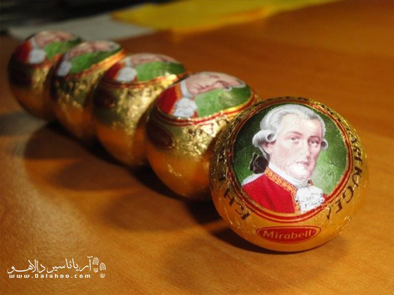 این خوراکی شیرین و خوشمزه یکی از پرطرفدارترین سوغاتیهای توریستی در اتریش است.