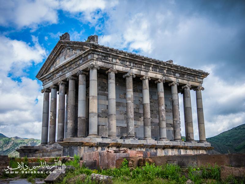 معبدگارنی در سال ۷۷ پس از میلاد مسیح ساخته شده.