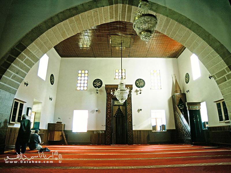 کی دیگر از آثار تاریخی قابل توجه قونیه که از جاذبههای دیدنی تور قونیه نیز محسوب میشود، مسجد شمس تبریزی است.