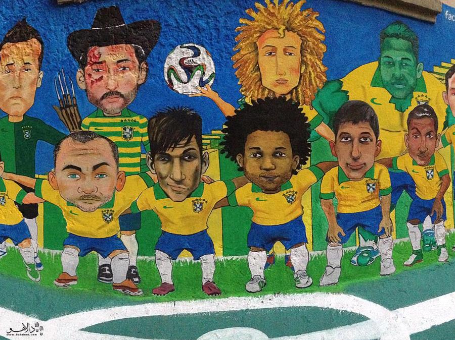 گرافیتی در ریو یکی از راههای نشان دادن عشق و علاقه مردم ریو به فوتبال است.