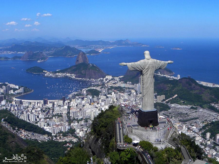 مجسمه مسیح از سنگ سوئدی و طی 9 سال ساخته شد.
