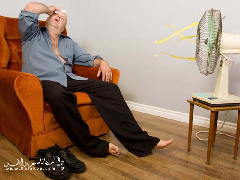 دمای بالای هوا موجب میشود افراد تمرکز خود را از دست داده و زودتر از دیگر مواقع، خسته و پرخاشگر شوند.