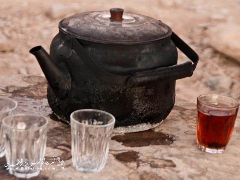 تنفس بخار یک فنجان چای داغ به طور چشمگیری در مقایسه با تنفس هوای سرد در حفظ دمای بدن مؤثر است.