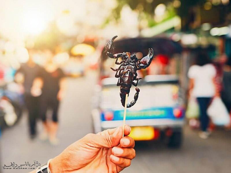 حتما قبل از سفر اطلاعاتی در مورد فرهنگ غذایی، انعام دادن و اداب و رسوم مردم کشور مقصد کسب کنید