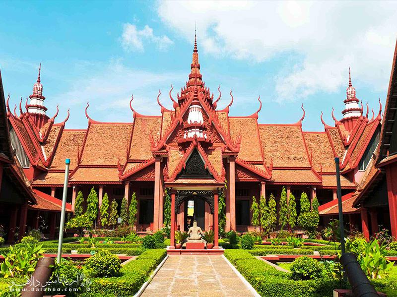 نمای بیرونی موزه ملی کامبوج