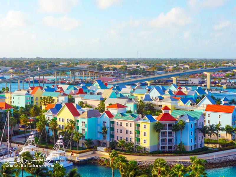 پایتخت باهاما شهری تاریخی و پر از رنگ است.
