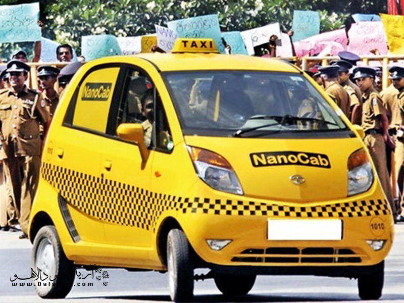 تاکسی یکی از وسایل نقلیه رایج در کشمیر است.