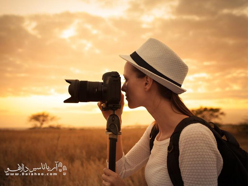 یکی از گزینههای خرید دوربین عکاسی برای سفر، دوربین دیجیتال(DSLR) یا (SLR) است.