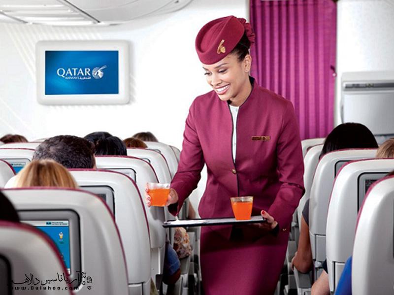 بهترین زمان برای رفتن به دستشویی در هواپیما موقعی است که مهماندارها در حال پذیرایی از مسافران هستند.