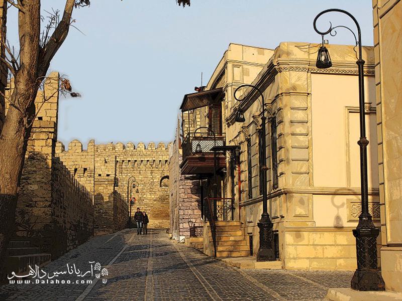 بافت قدیم باکو دیدنی است.