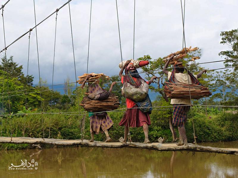 در دره بالیِم به جهان اهانی دانی بروید.