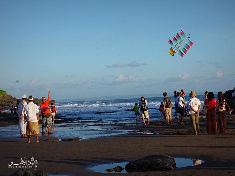 کرُبوکن در جنوب بالی قرار دارد.