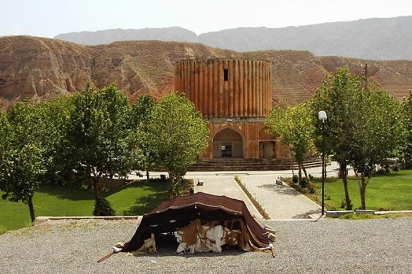 قصر خورشید کلات