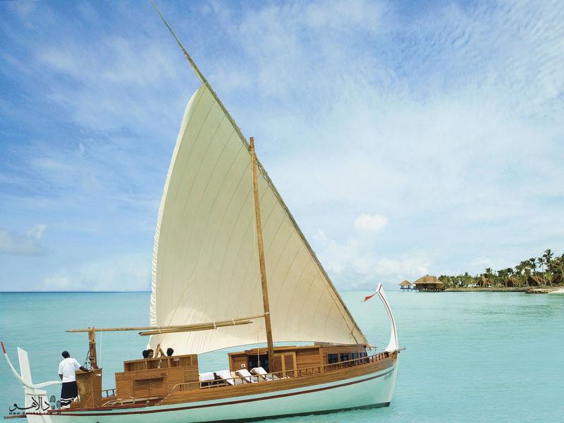 قایق سواری در بین جزایر مالدیو