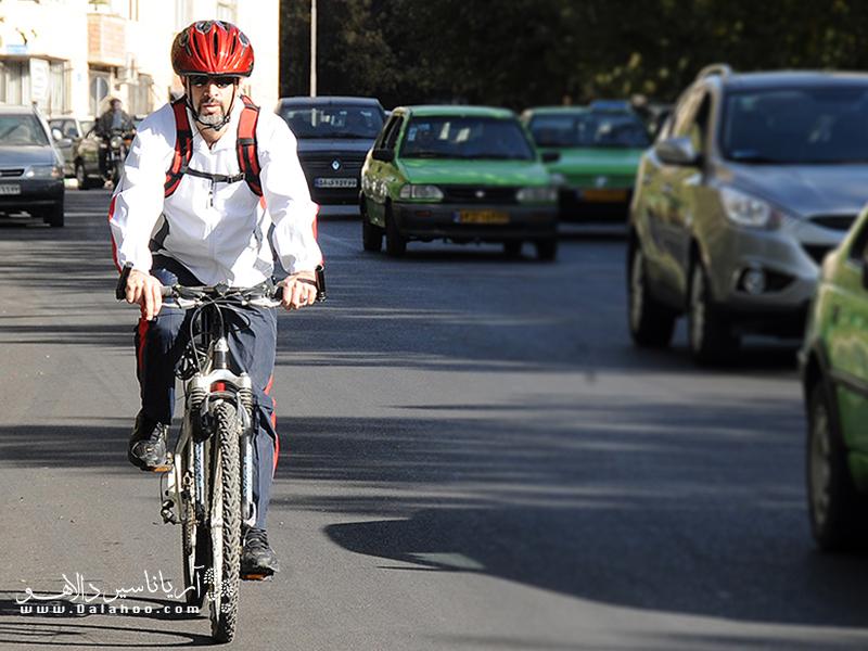 هوای شهری را تصور کنید که مردمش با دوچرخه به سرکار میروند؛ به نظرتان چقدر با این شهر فاصله داریم؟