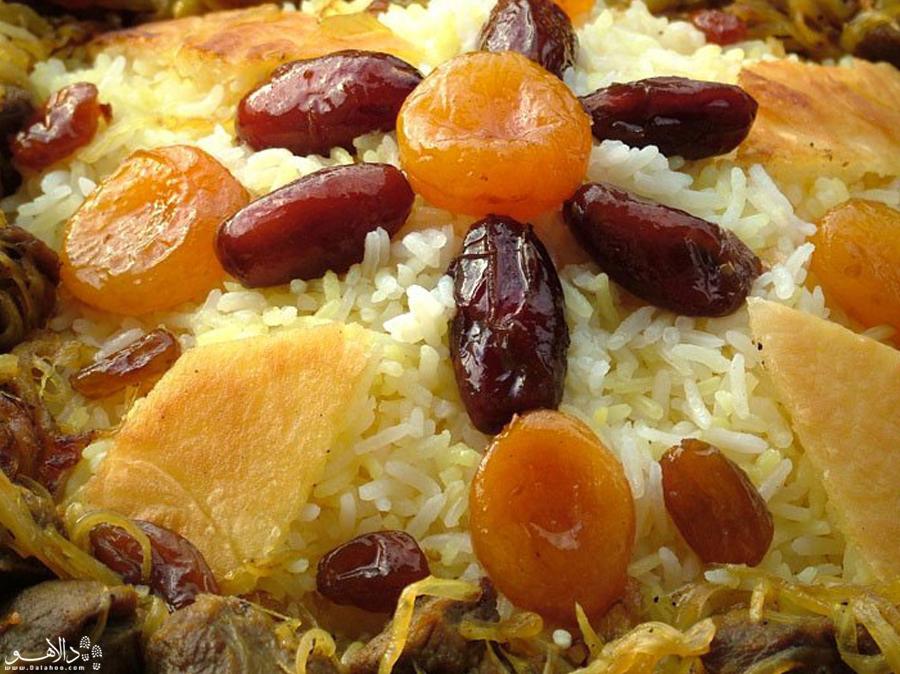 غذای مجلسی آذریها را فقط در باکو بخورید
