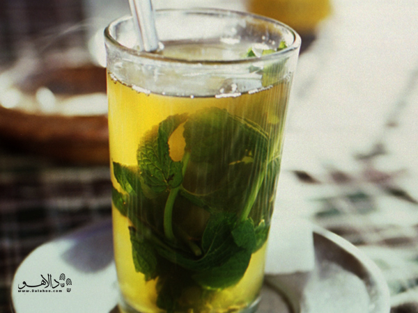 چای و نعناع را حتما در کافههای مراکش بنوشید
