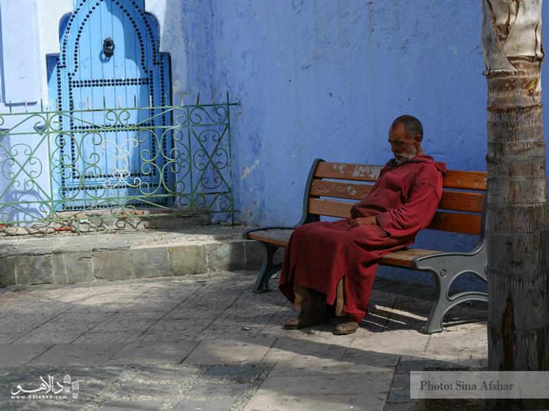 قدم زدن در کوچههای مراکش را فراموش نکنید تا شما هم مانند مسافران دالاهو بهترین تصاویر را شکار کنید.