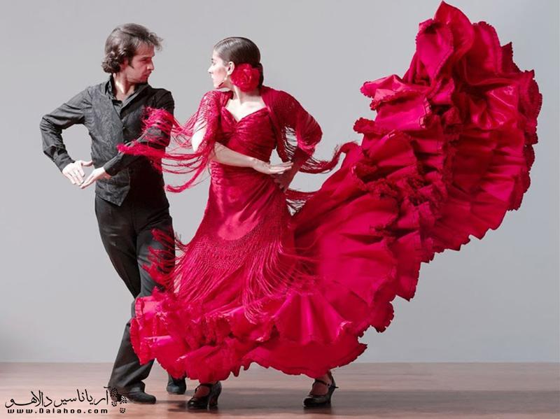 رقص چاچا و هابانرا از رقصهای محبوب در کوباهستند.