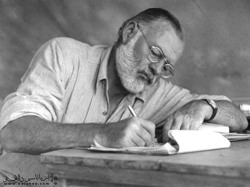 همینگوی پس از دریافت جایزه نوبل در سال 1954 آن را به کوبا تقدیم کرد.