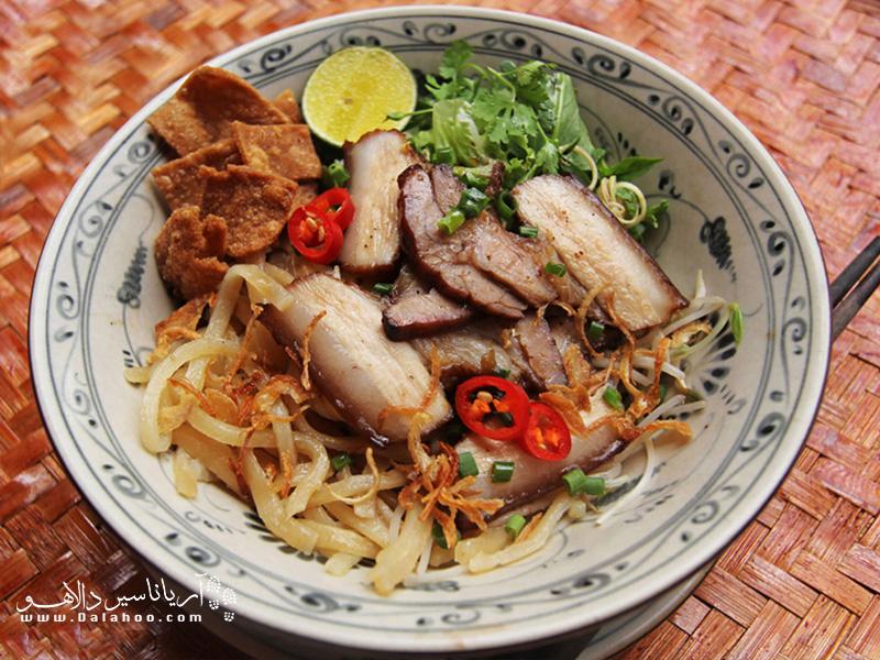 ساکنین مرکز ویتنام در ساخت این غذا حسابی خبرهاند.