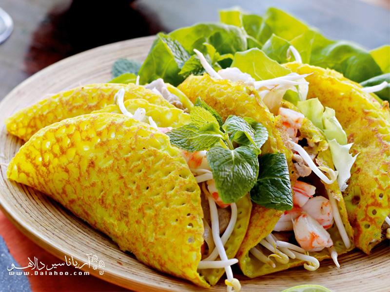 بزرگترین پنکیکی که میتوانید بخورید، بان زئوست و در ویتنام طبخ میشود.