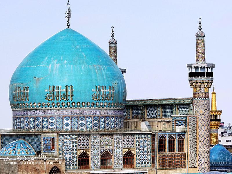 هنر معماری دوره تیموریان را در مسجد گوهرشاد ببینید.