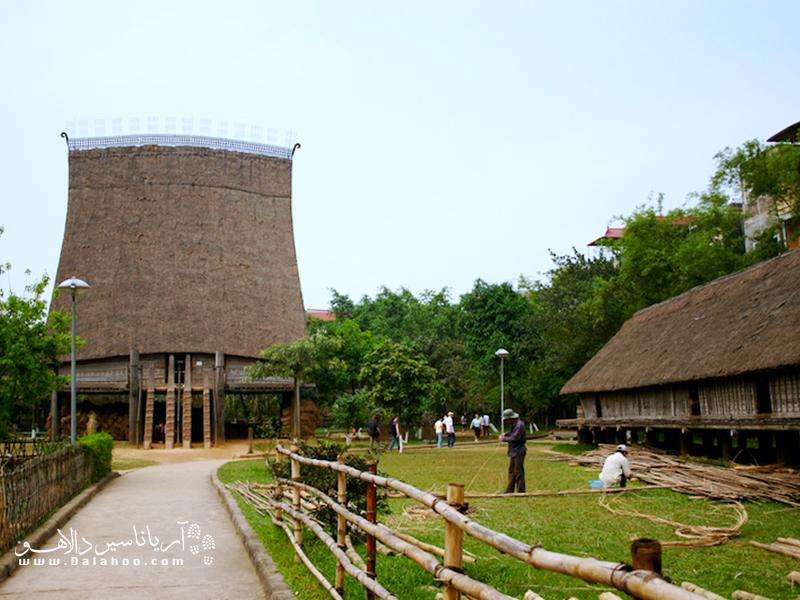 موزه مردمشناسی هانوی شبیه موزهی روستایی گیلان است. آداب و رسوم و فرهنگ محلی ویتنامیها را میتوانید در اینجا ببینید.