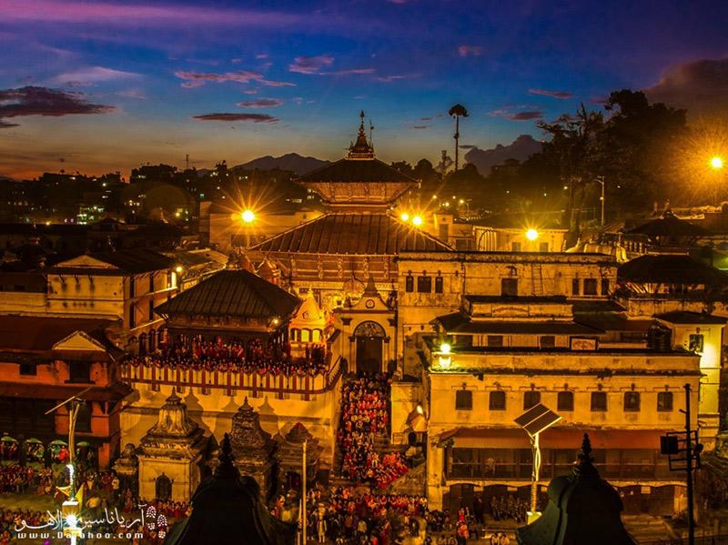 کاتماندو قرنها پایتخت نپال و محل اقامت پادشاه بوده است؛بنابراین این شهر ترکیبی از معابد و کاخهای باشکوه است.