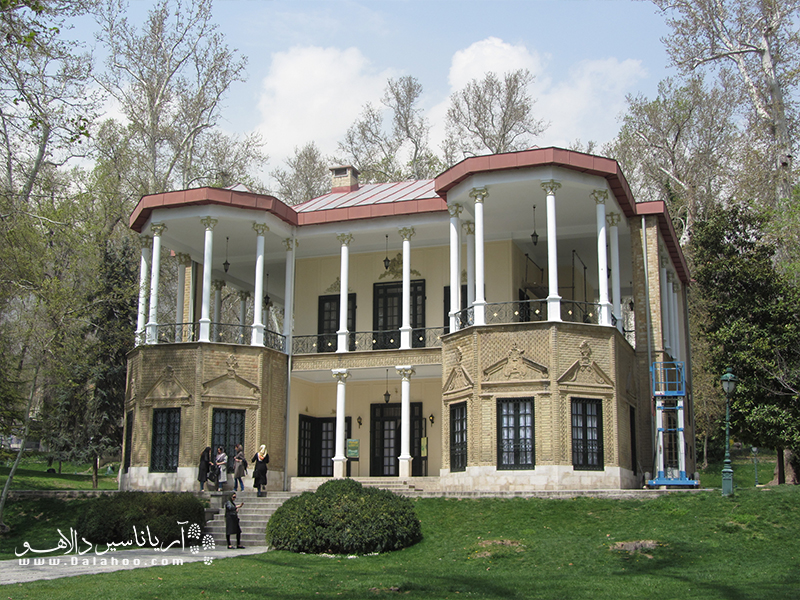 کوشک احمد شاهی در کاخ نیاوران.