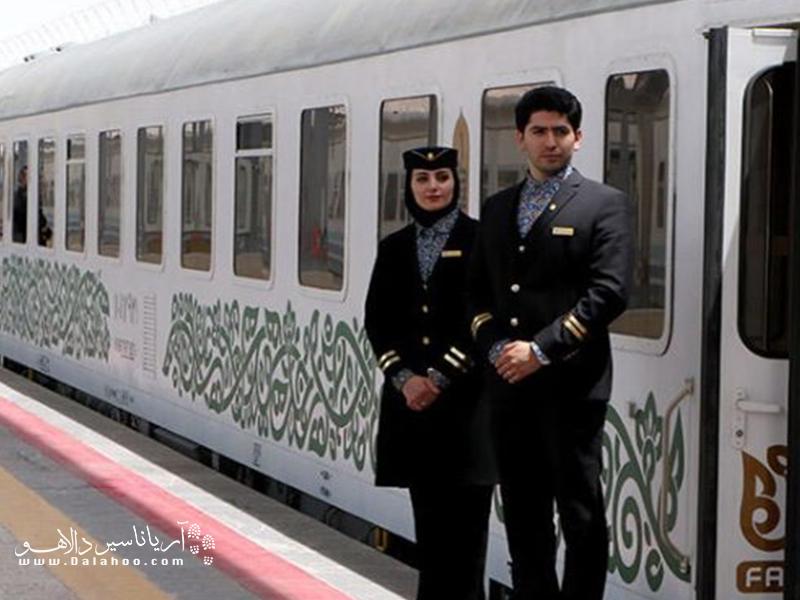 شرکت مسافربری فدک نیز یکی از شرکتهای محبوب و لوکس در میان گردشگران است که با واگنهای آلمانی شروع به فعالیت کرد.
