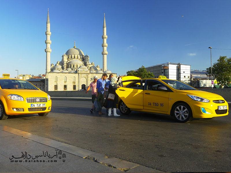 تاکسیهای زرد در استانبول.