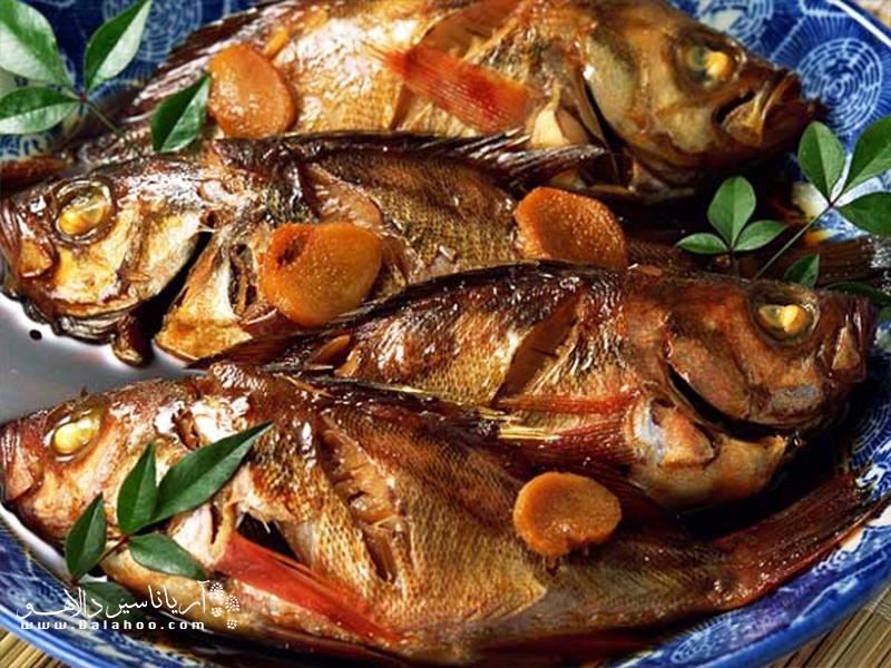 ماهی صبور میان ماهیهای جنوب طرفداران بیشماری دارد. آنها این ماهی را روی آتش کباب می کنند و اغلب آن را با نان میل میکنند.