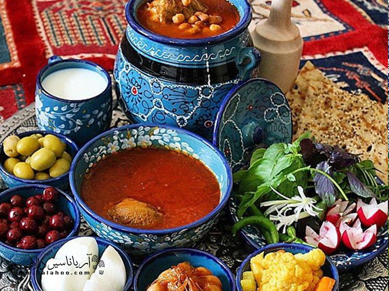 شاید بتوان اصیلترین غذای ایرانی را دیزی یا آبگوشت دانست.