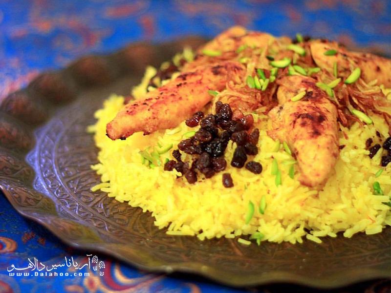 این غذا در روزهای چهارشنبهسوری پخته میشود.