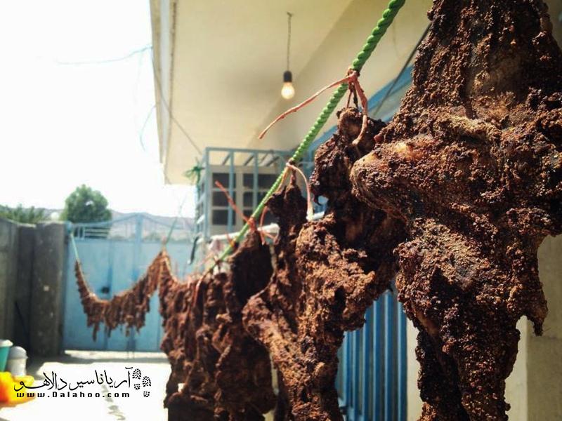 از دیرباز، زمانی که هنوز یخچال به خانههای مردم سیستان و بلوچستان راه پیدا نکرده بود، آنها برای نگهداری گوشت، آن را خشک میکردند.