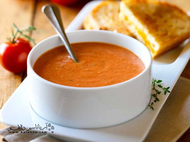 در زبان ترکی به سوپ دال عدس مِرجومَک چورباسی میگویند.