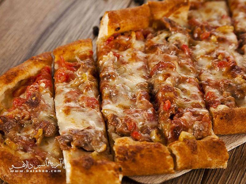 ترکها میگویند زمانی که پیتزا به دست ایتالیاییها اختراع نشده بود آنها پیده داشتند.