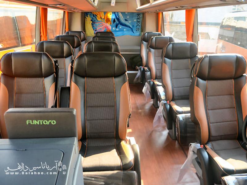 صندلیهای تختخوابشو اتوبوس خیلی راحت هستند.