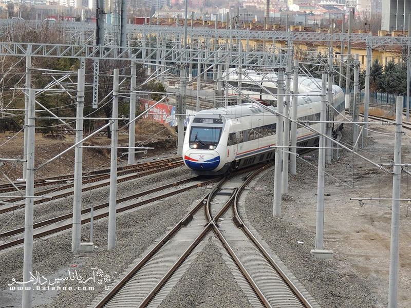 قیمت بلیط قطار تهران استانبول برحسب یورو محاسبه میشود.
